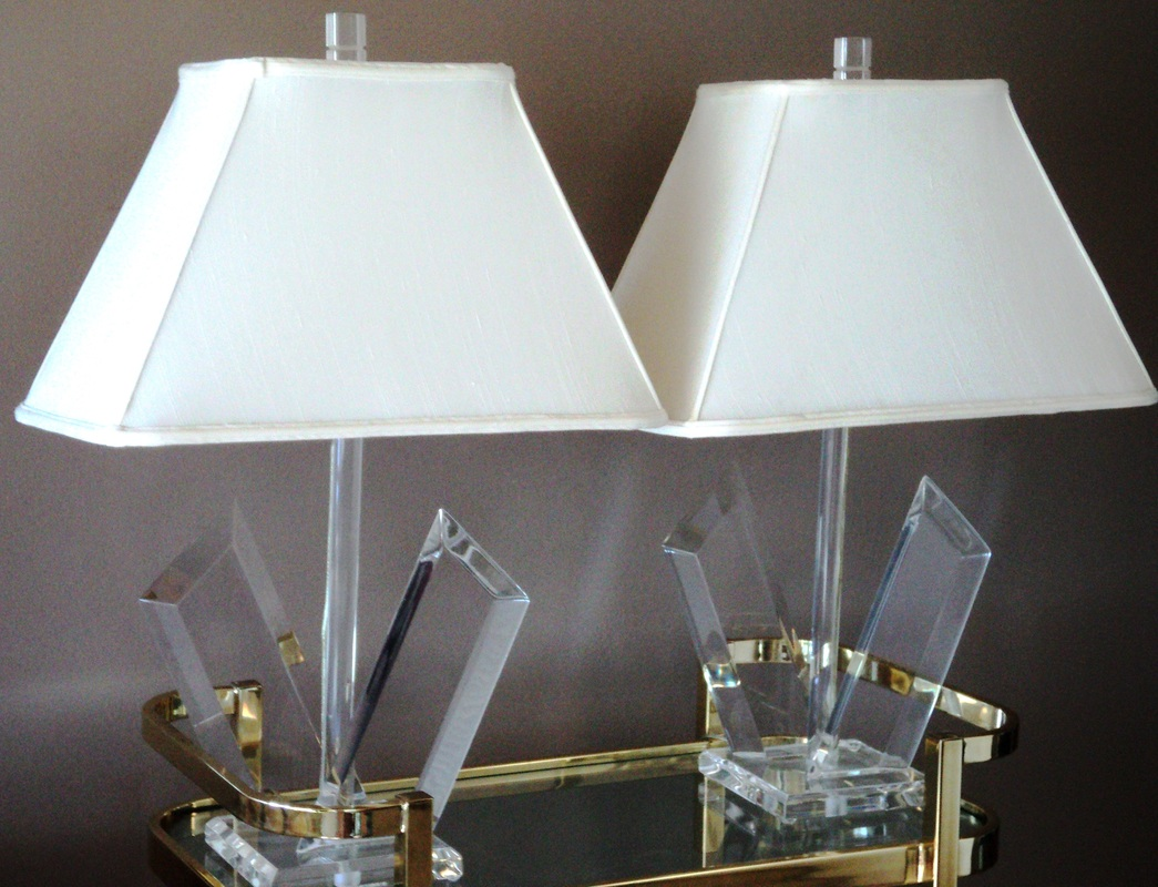 Pair Of Van Teal Lucite Lamps Julesmoderne Com